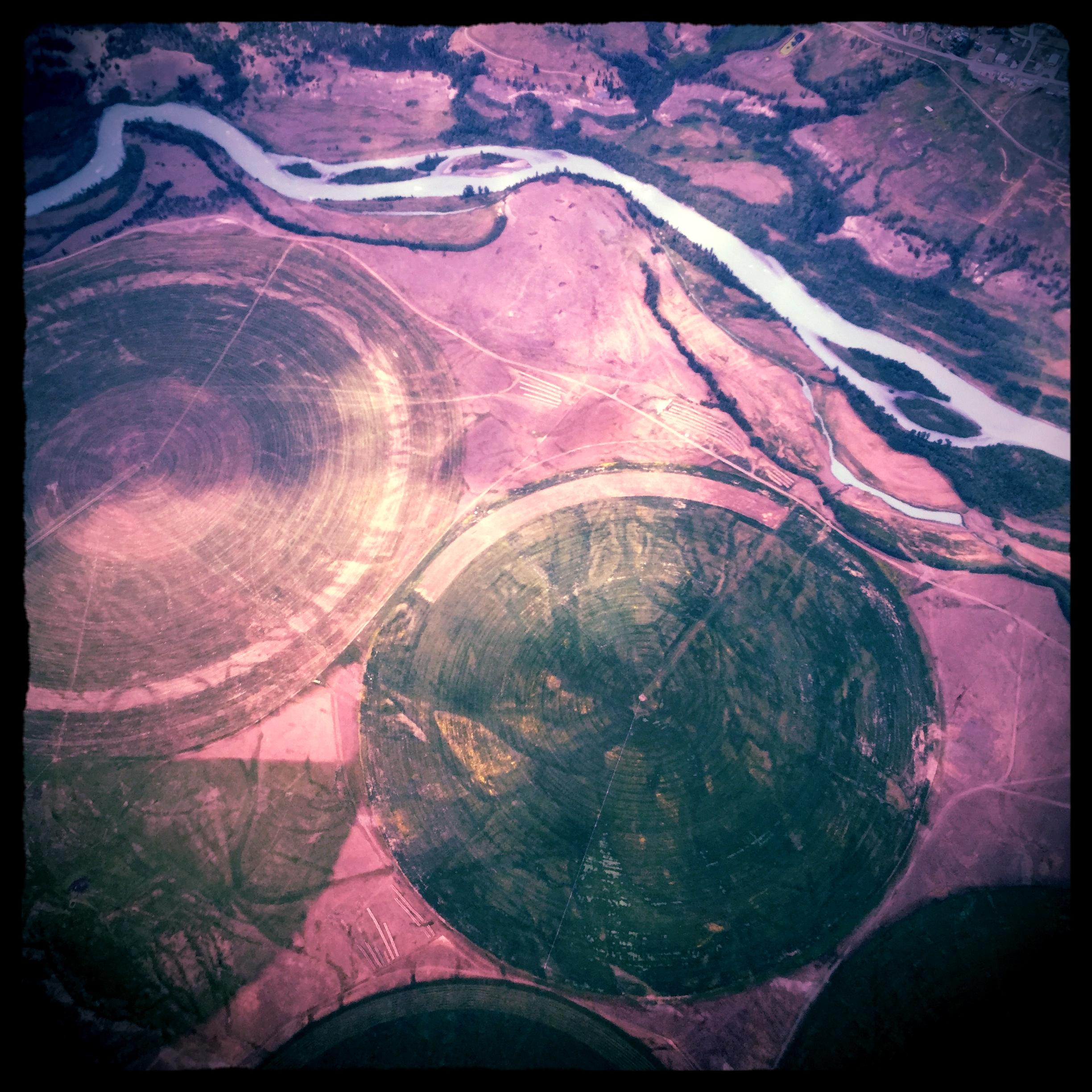 Fraser_River_and_British_Columbia_from_above