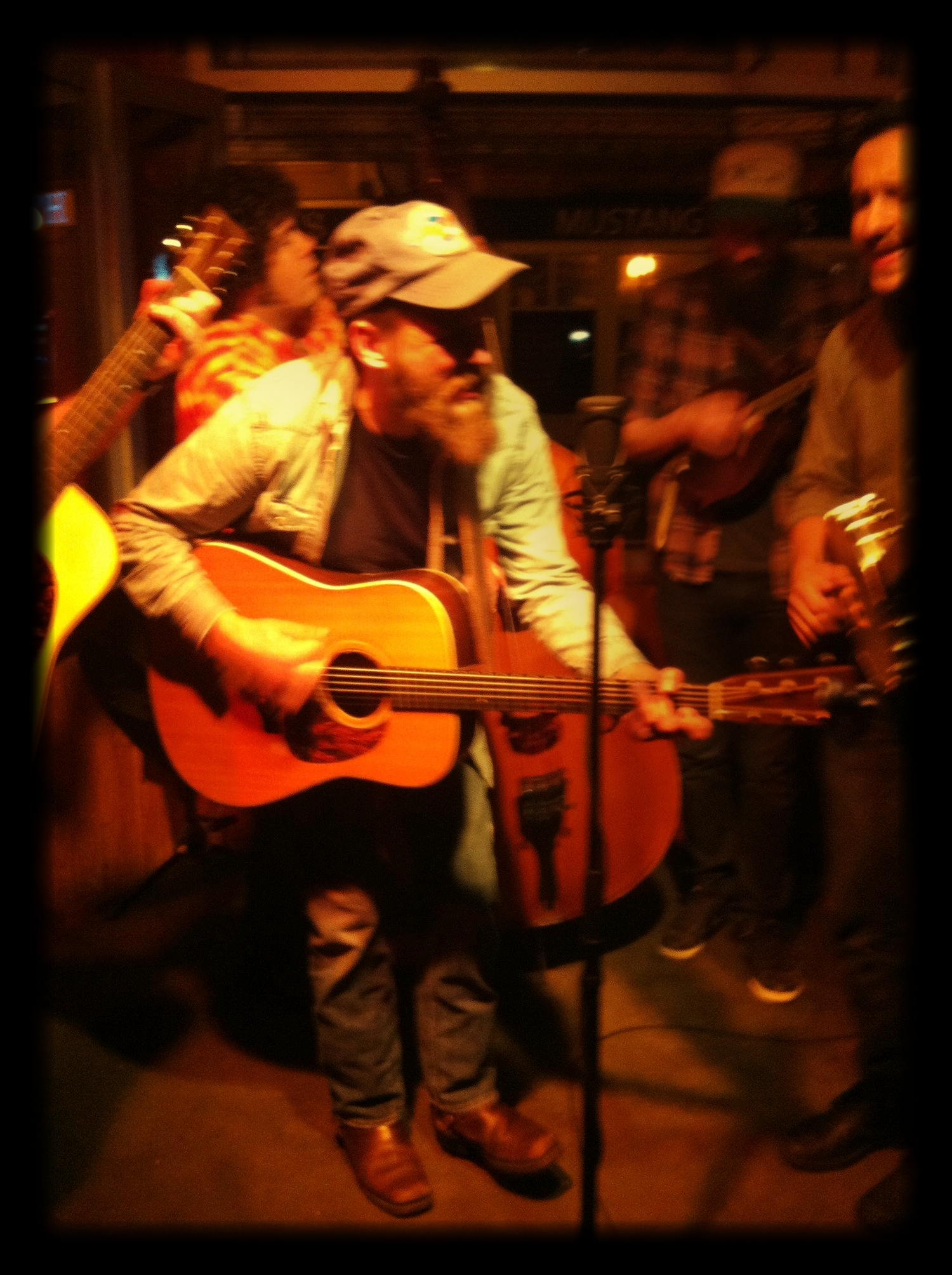 Matthew_Hornell_High_and_Lonesome_at_The_Rose_and_Thistle