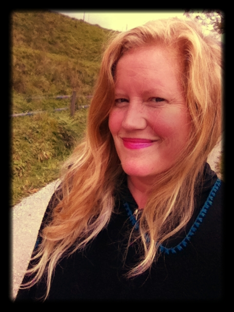 Lindsay_on_a_hike_refreshed