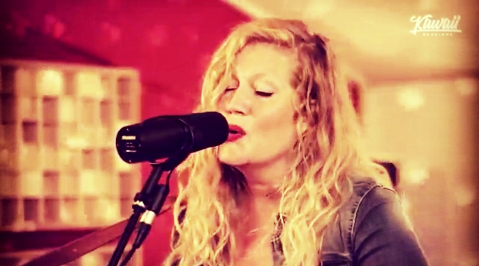 Screen_shot_Lindsay_Live_in_Tonstudio_Wattwil