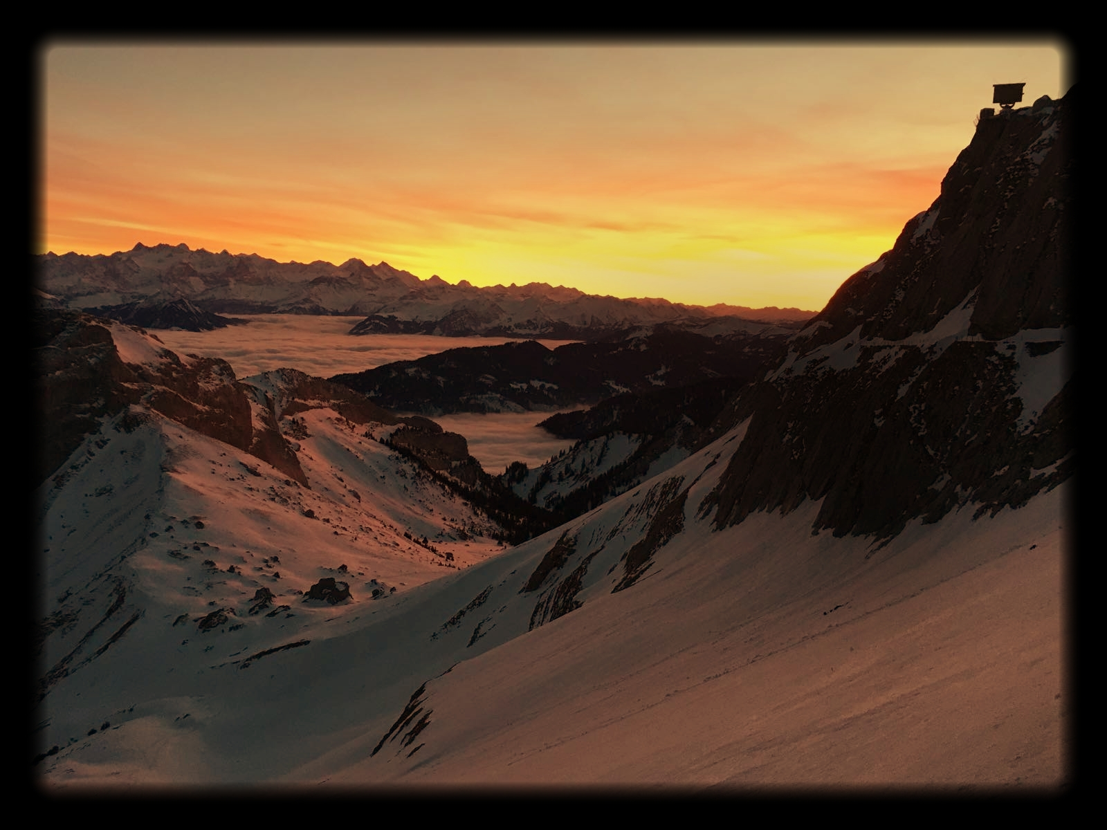 View_from_Mount_Pilatus_at_sunset