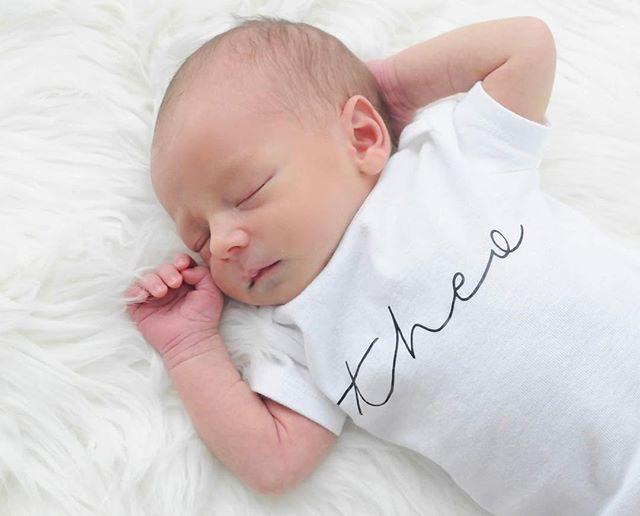 It's hard work being 2 weeks old 👶🏼 #BabyTheo #2weeksold #dotboxed @babybluepassport @itsybitsyprints