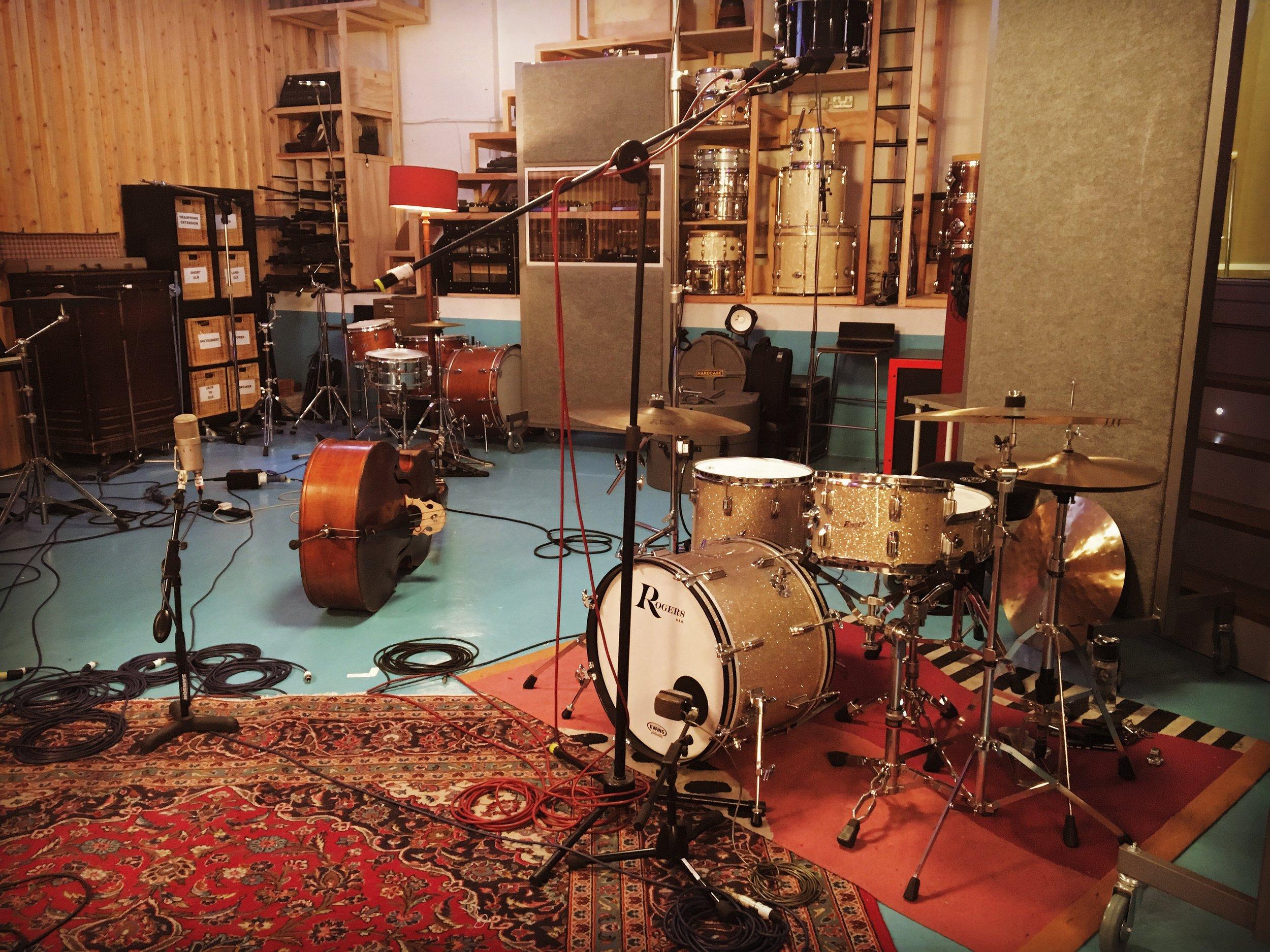 The Pool Studio, live stream MQA recording session with Misha Mullov-Abbado group