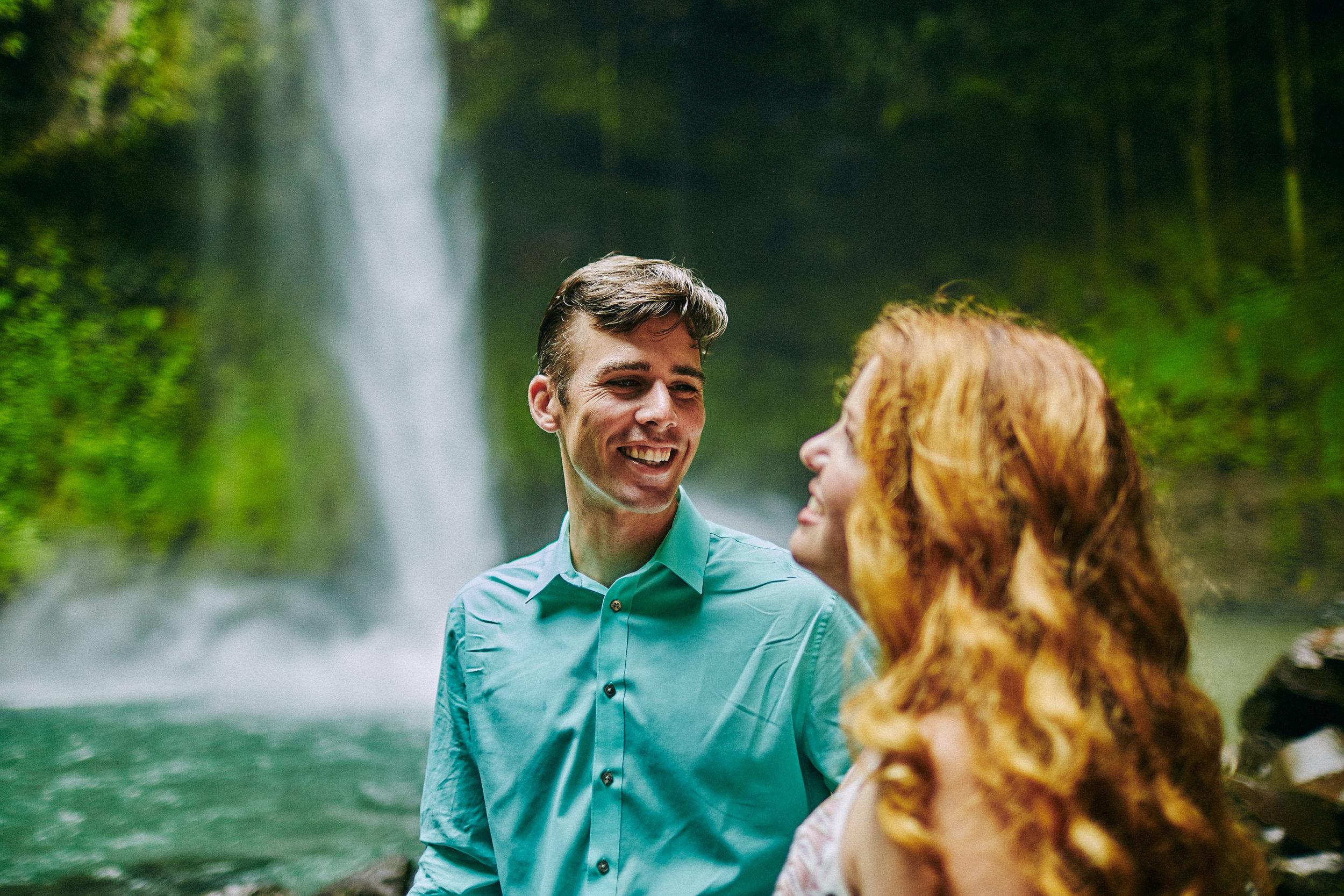 Engagement_La_Fortuna_Waterfall 02.jpg