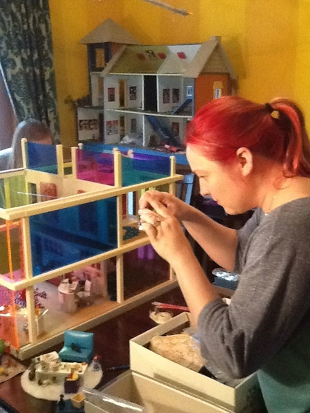 The inspiring Stephanie Rond documenting the show for the tour.