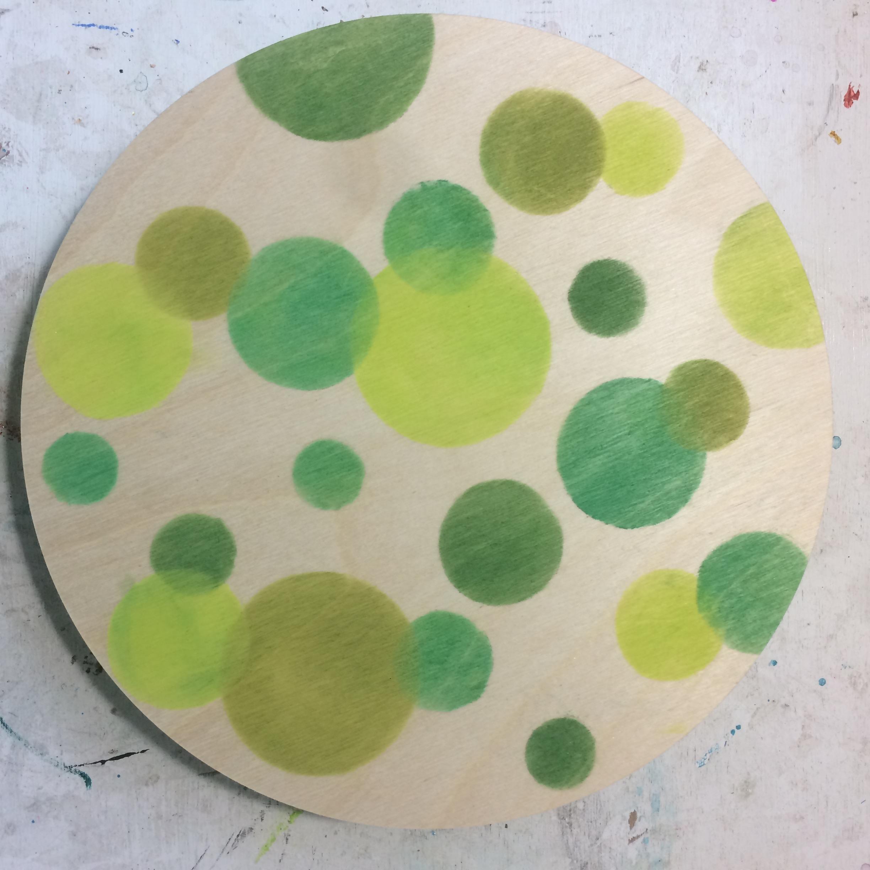 (K Start. Pan pastel dots.