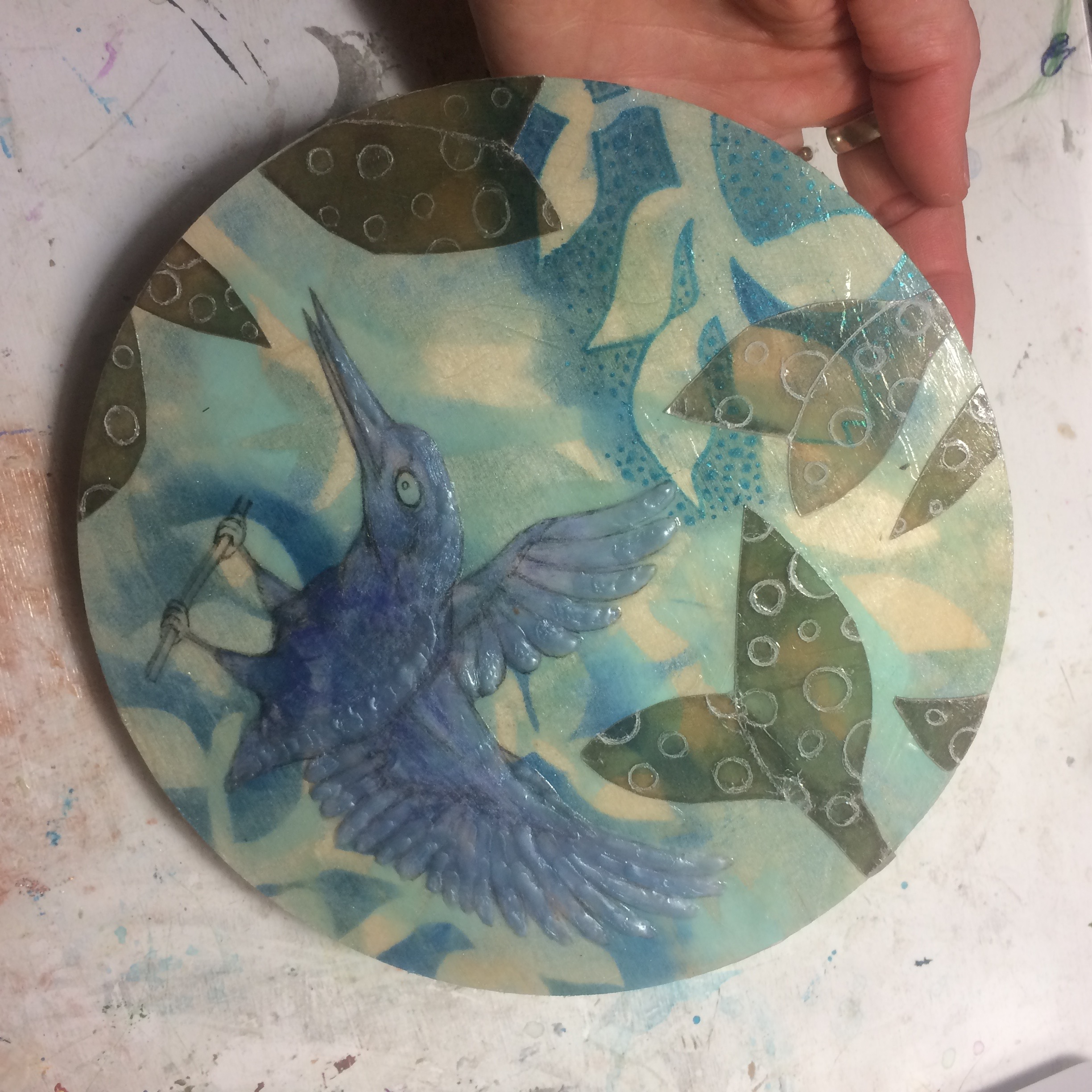 (K) Etched circles into mica, wax texture and pan pastels onto bird.