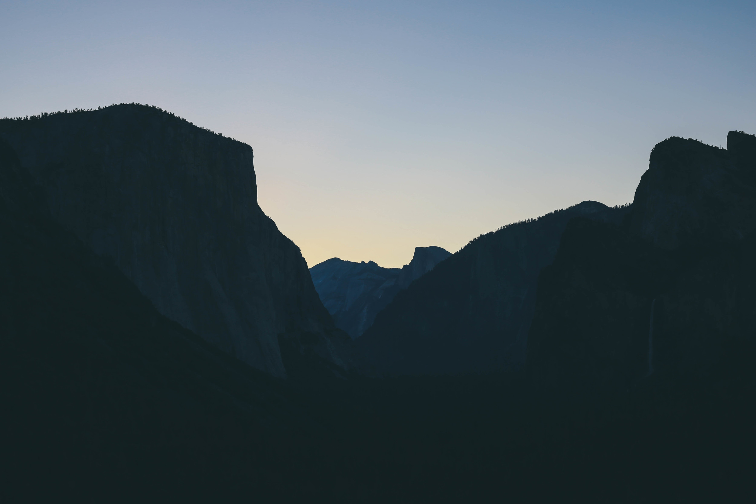 5:40 am, Tunnel View. Remind me never to wake up this early again.