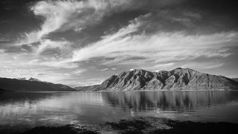Lake Hawea.jpg