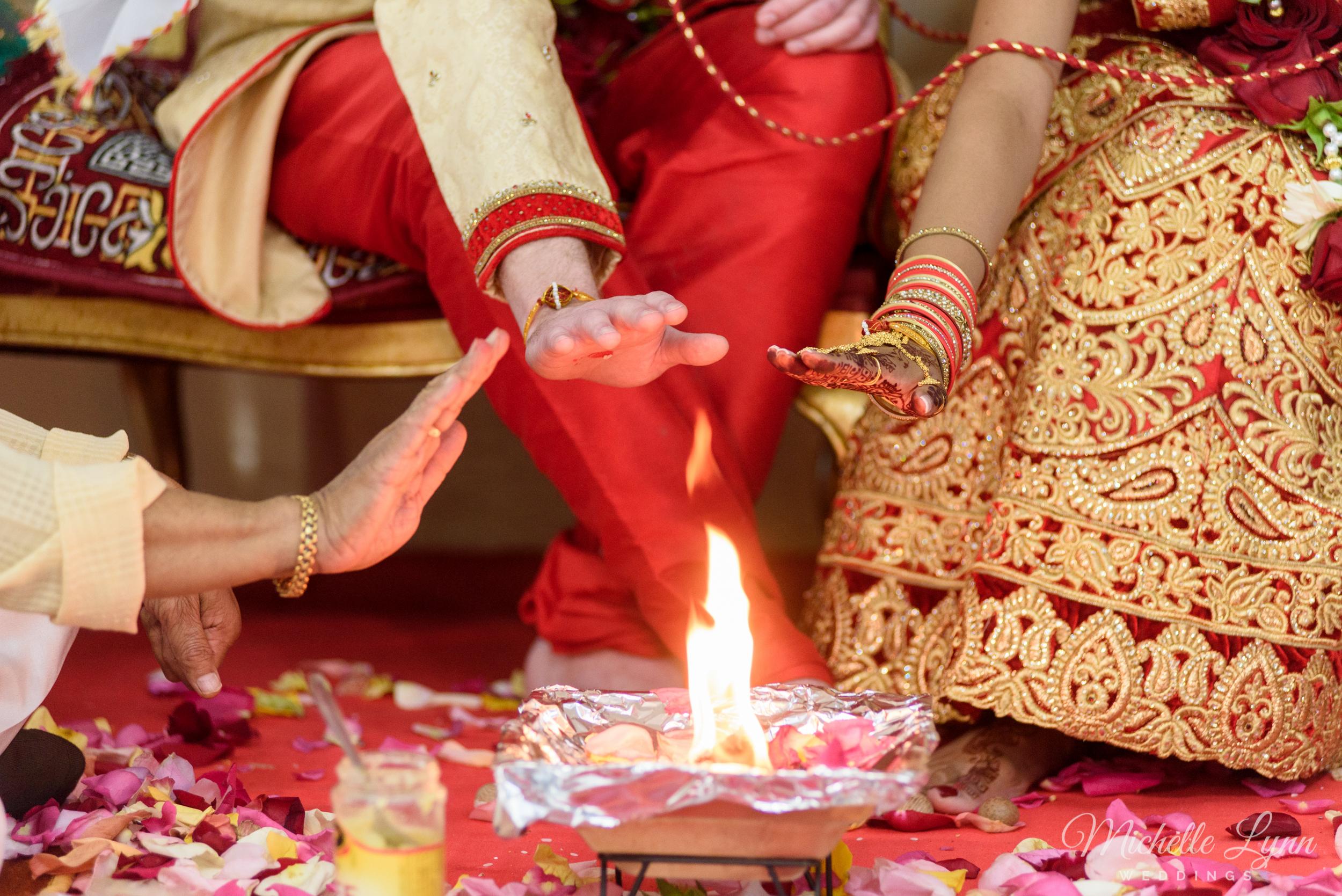 philadelphia-pa-indian-wedding-photographer-ruchi+ryan-38.jpg