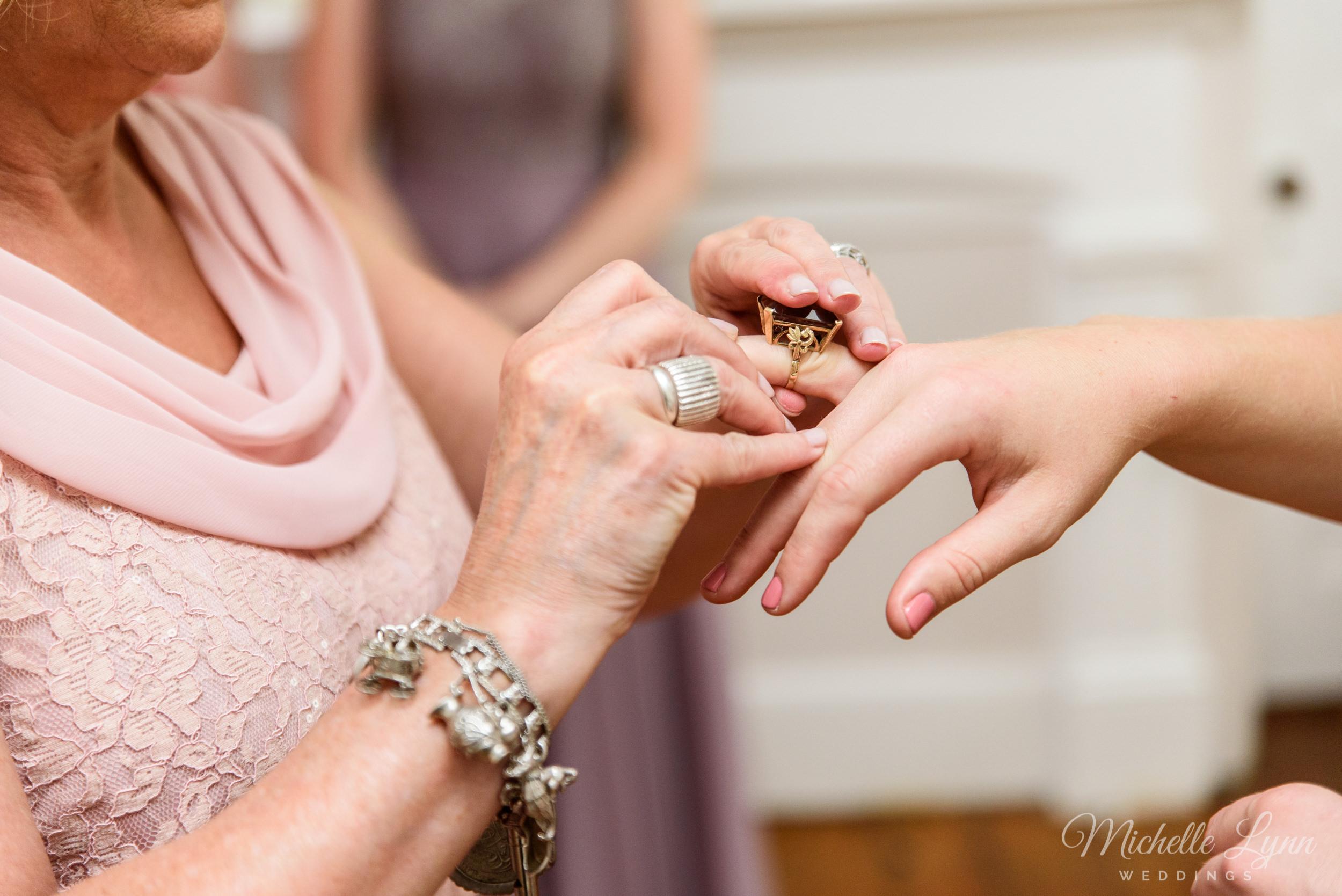 mlw-unionville-vineyards-nj-wedding-photography-15.jpg