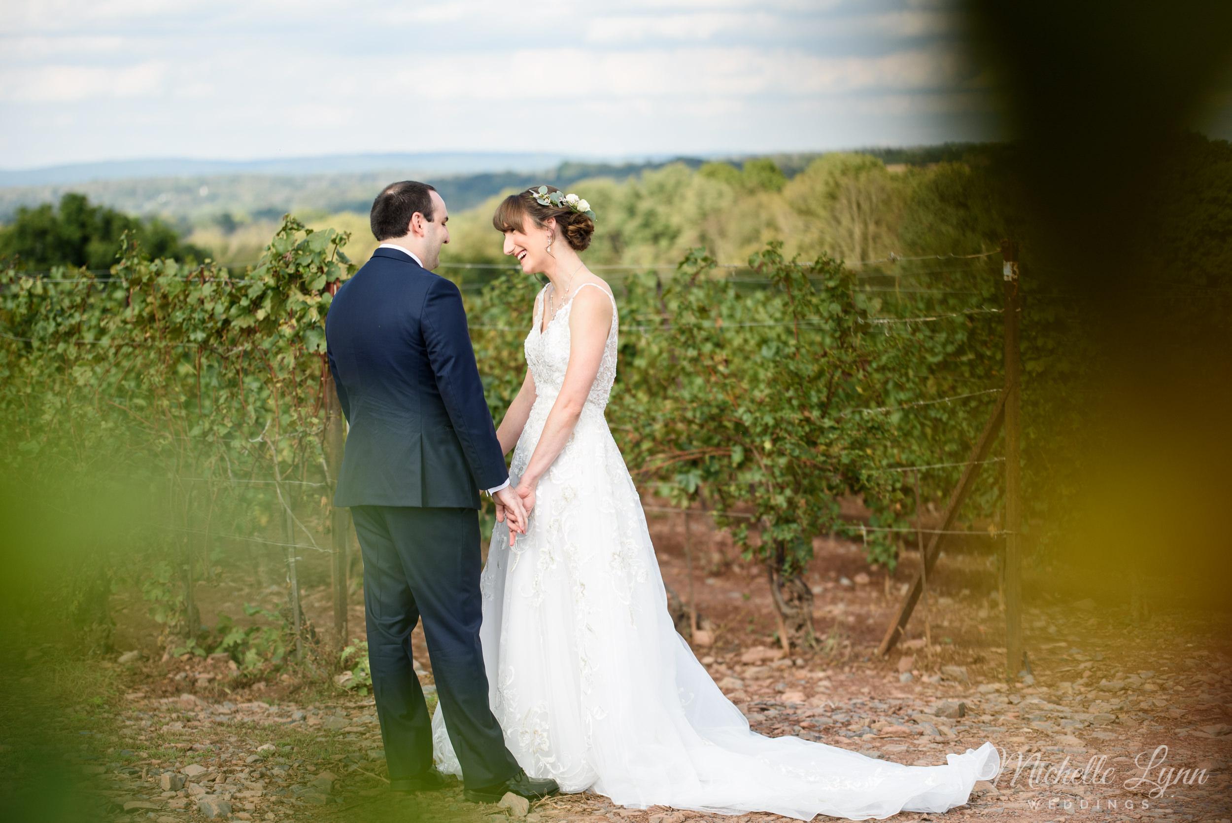 sand-castle-winery-pennsylvania-wedding-photography-31.jpg
