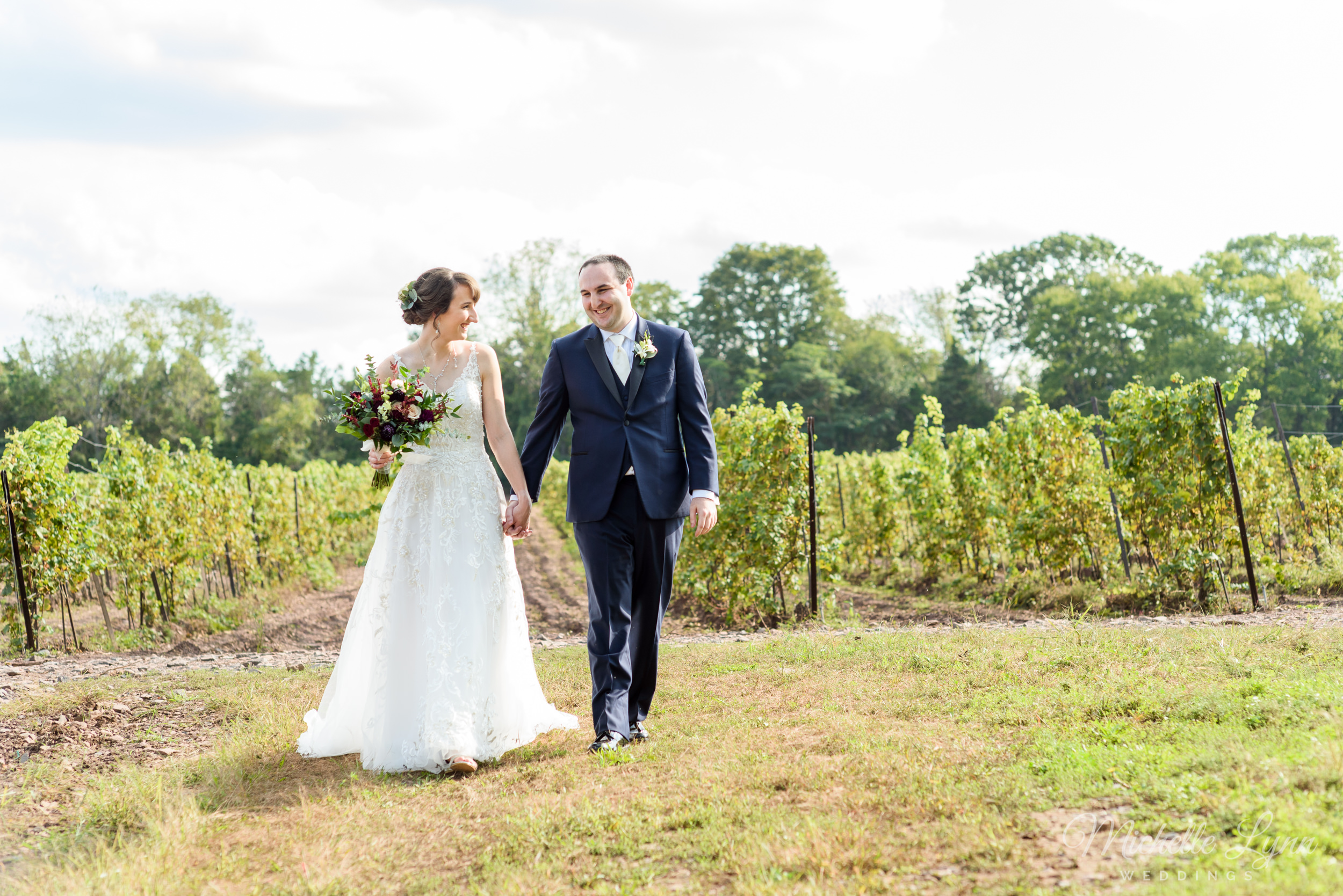 sand-castle-winery-pennsylvania-wedding-photography-46.jpg