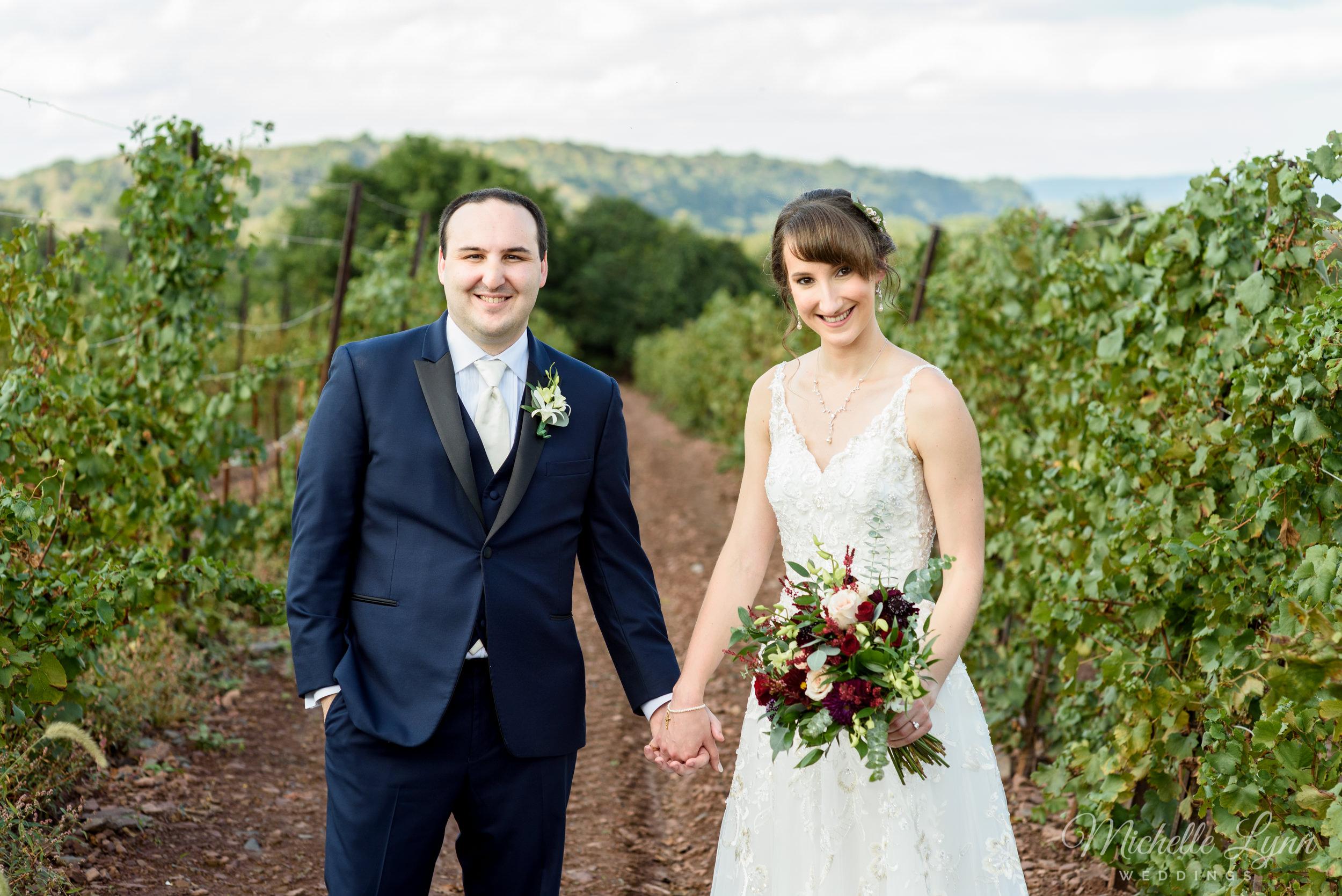 sand-castle-winery-pennsylvania-wedding-photography-48.jpg