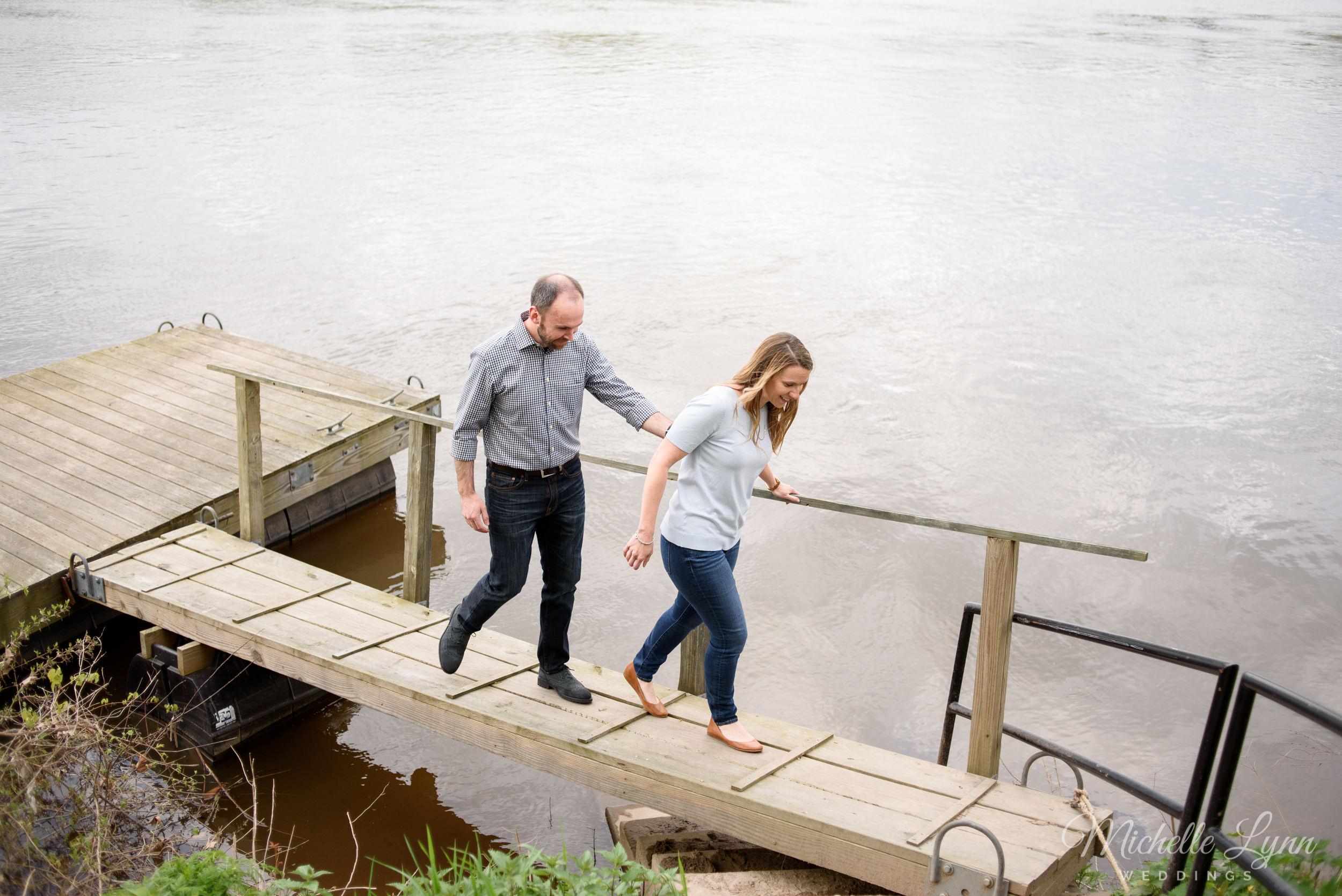mlw-washingtons-crossing-pennsylvania-engagement-photos-17.jpg