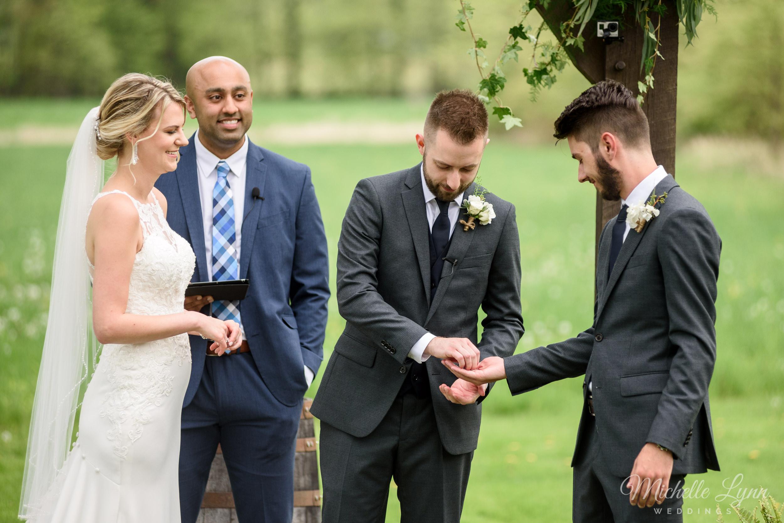 mlw-the-farm-bakery-and-events-wedding-photos-40.jpg