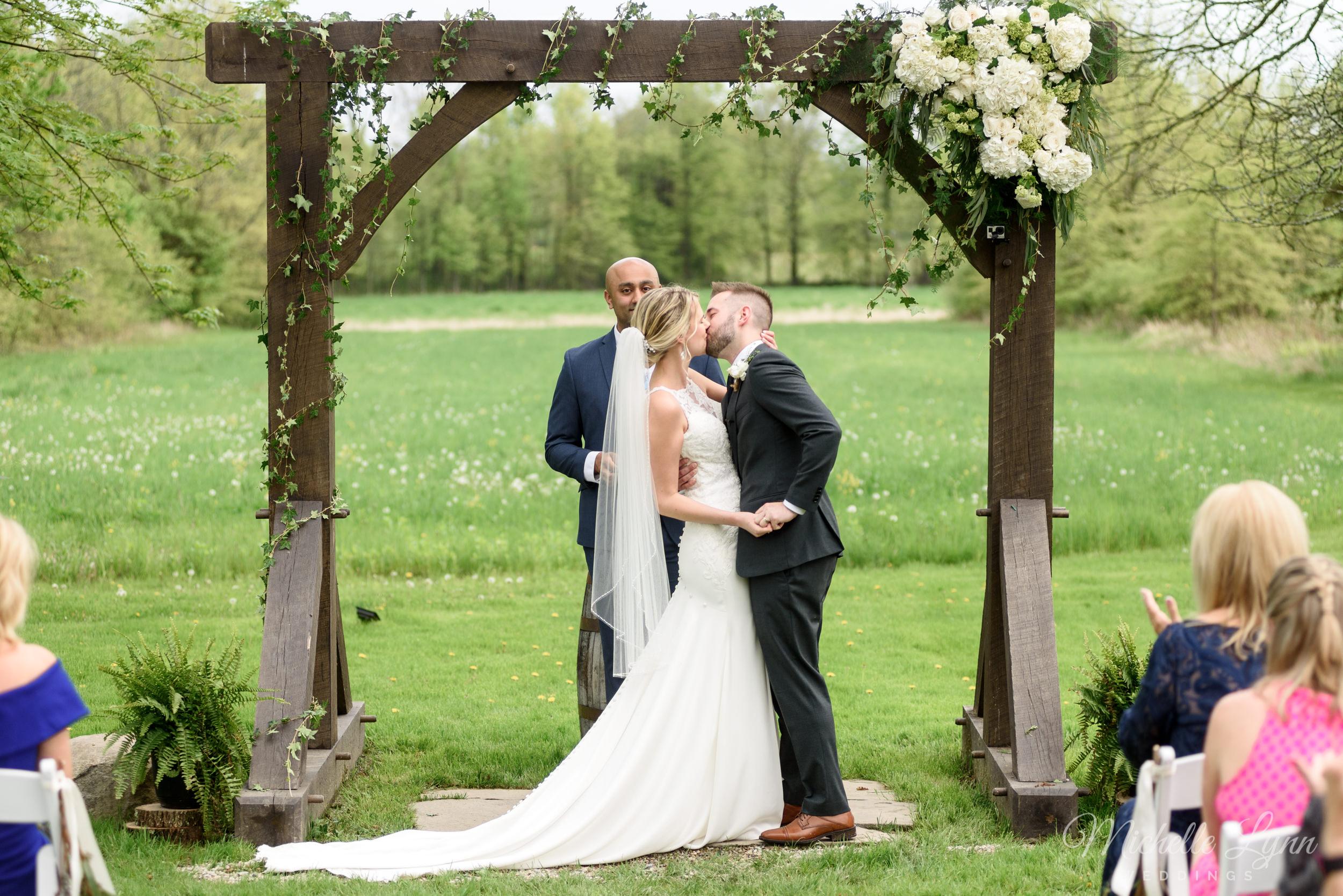 mlw-the-farm-bakery-and-events-wedding-photos-45.jpg