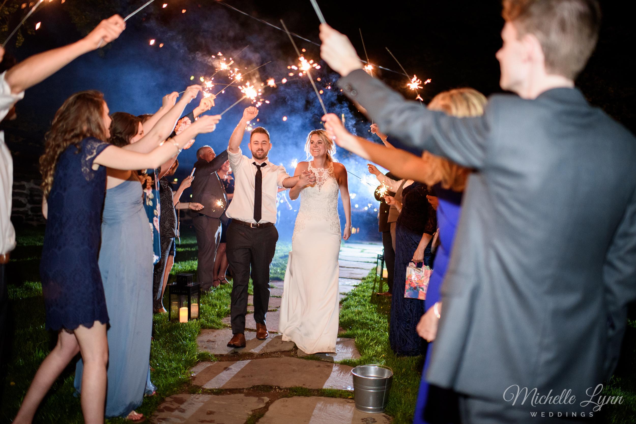 mlw-the-farm-bakery-and-events-wedding-photos-98.jpg