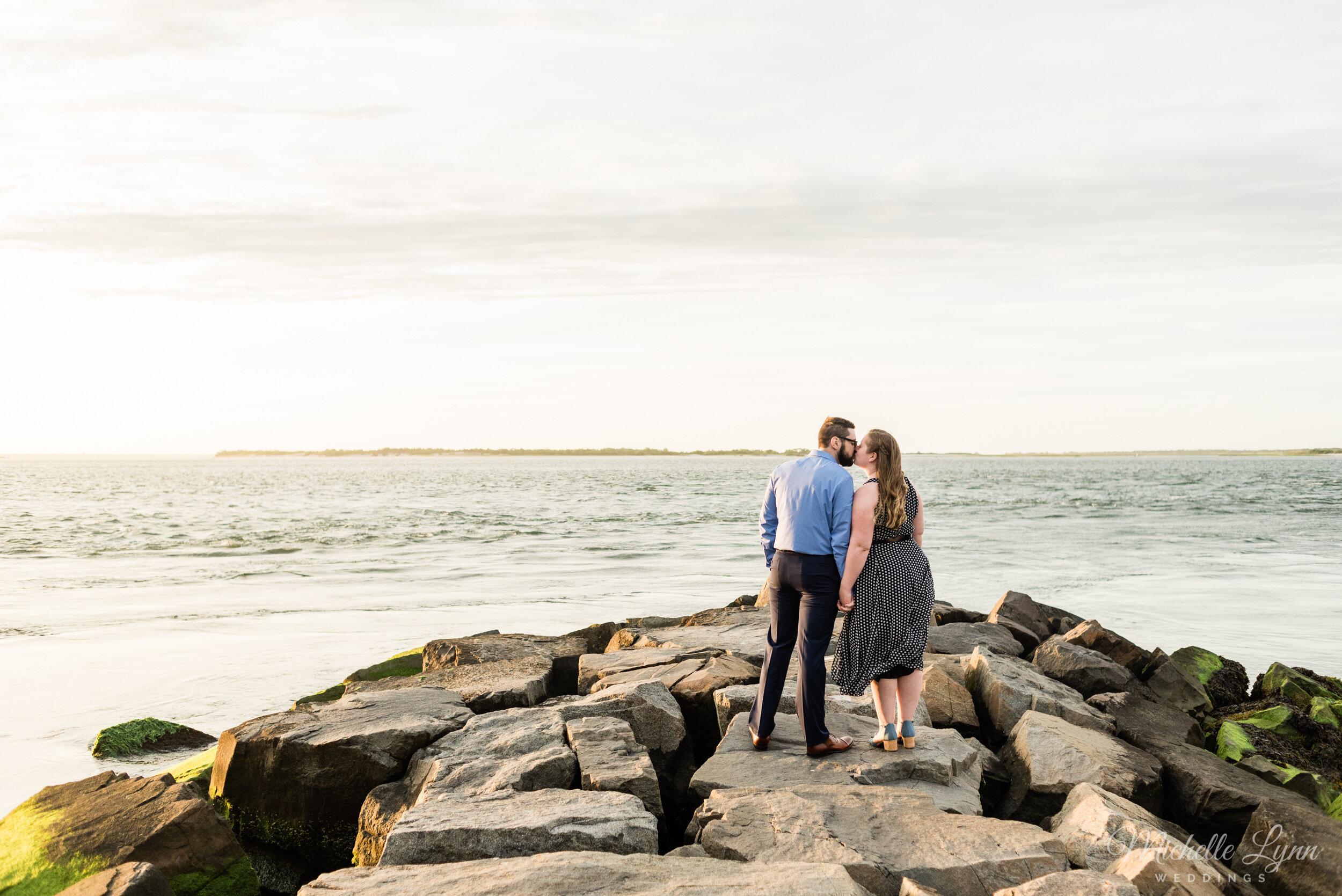 barnegat-lighthouse-engagement-photos-michelle-lynn-weddings-24.jpg