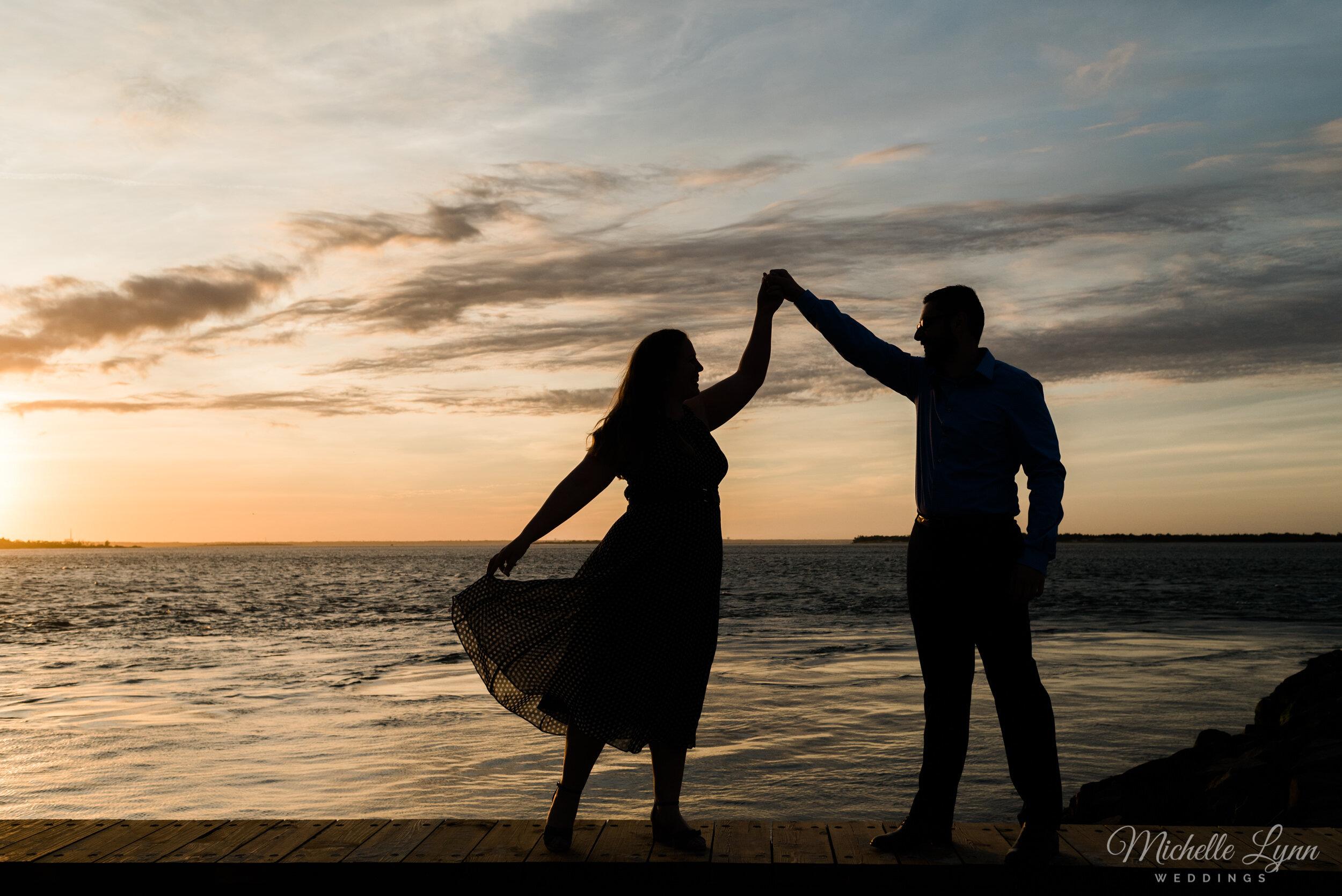 barnegat-lighthouse-engagement-photos-michelle-lynn-weddings-27.jpg