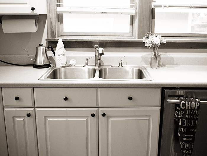 Shiny Sink - 5 Evening Routine Ideas I Use to Make Life More Simple