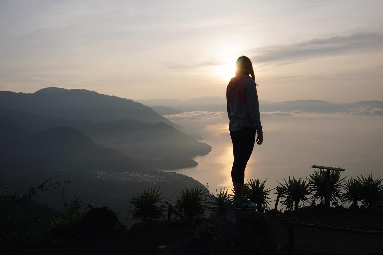 Sonnenaufgang über dem Lago Atitlán zum zweiten.