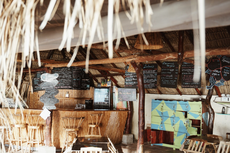 Das Restaurant vom Hostel direkt am See.