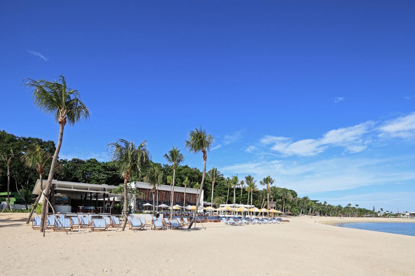 Tanjong-Beach-Club_Deck-chairs_web.jpg