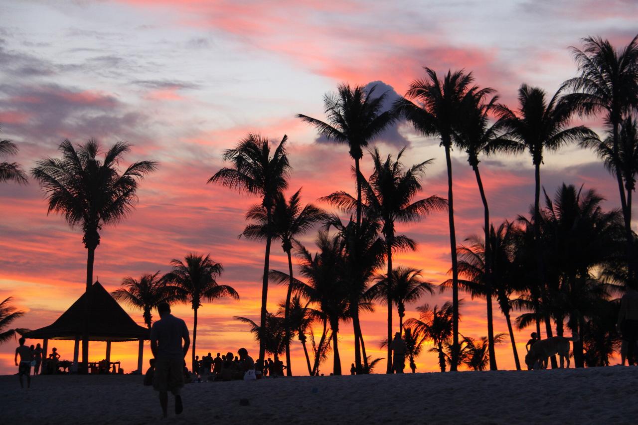 Tanjong-Beach-Club_sunset_web.jpg
