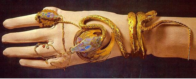 The gold and opal cobra bracelet made for by Fouquet for the Belle Epoque actress Sarah Bernhardt in her role as Cleopatra.