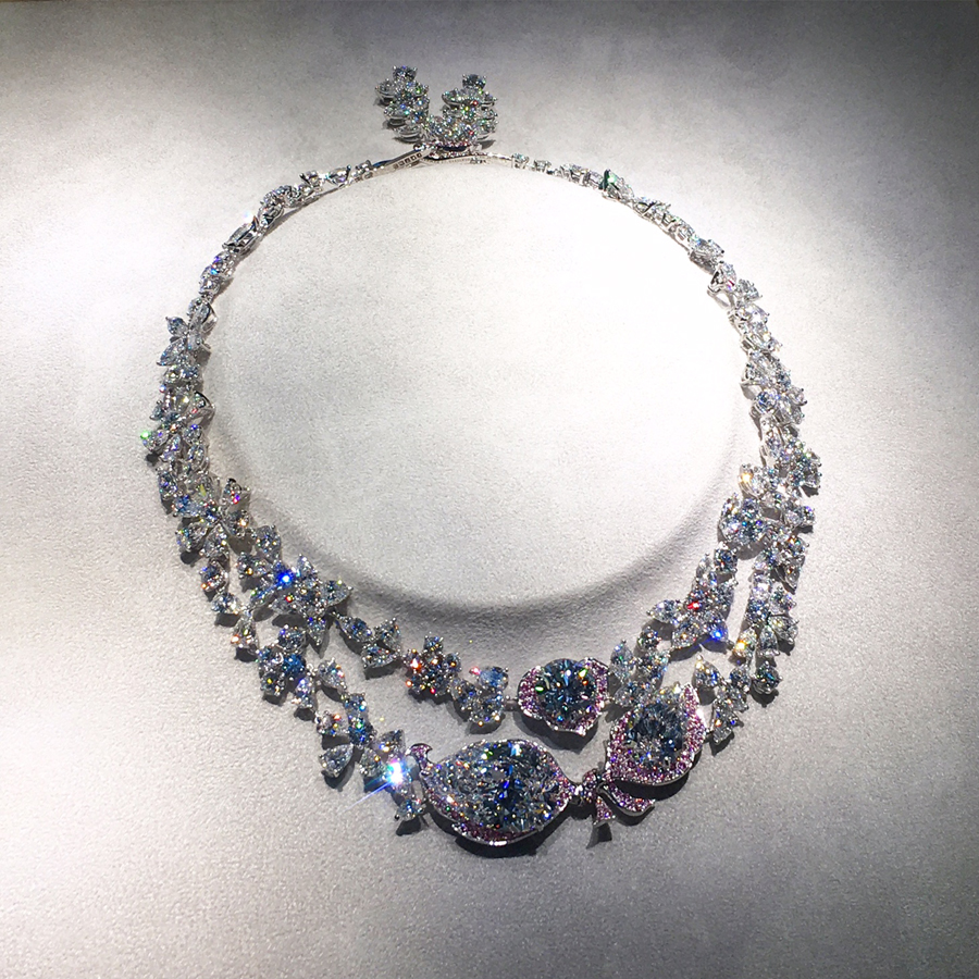 Boehmer et Bassenge's new Jardin d'Isabelle diamond necklace, composed entirely of pink and D flawless diamonds. The estimate for their upcoming auction at Christie's is $8-12 million.