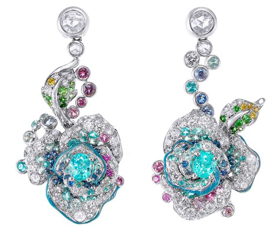 An exceptionally accomplished use of colour in these Paraiba tourmaline earrings by Anna Hu.