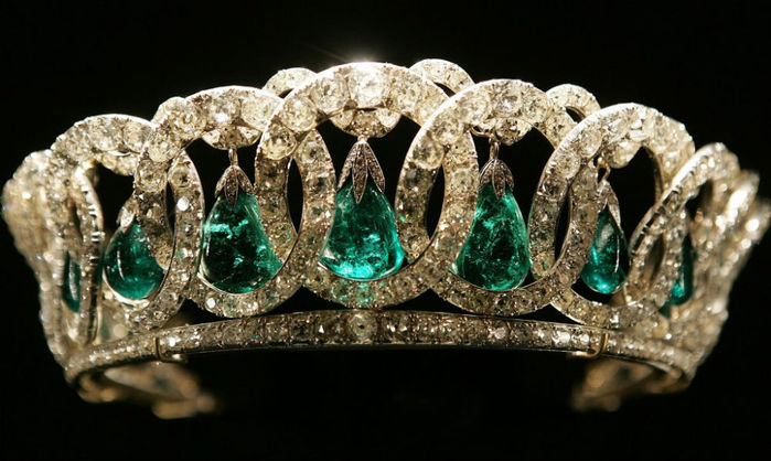 The Grand Duchess Vladimir tiara owned by Queen Elizabeth II, which she inherited from her grandmother Queen Mary.  It is shown hung with the Cambridge emeralds, which she also inherited from her grandmother.