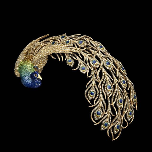 One of the very first jewels Anita received from her husband, a peacock comb by Mellerio.  The style is pure Art Nouveau.