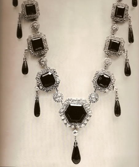 The Vladimir emerald necklace in its original form.  Even though it is late 19th century, the design remains timeless.