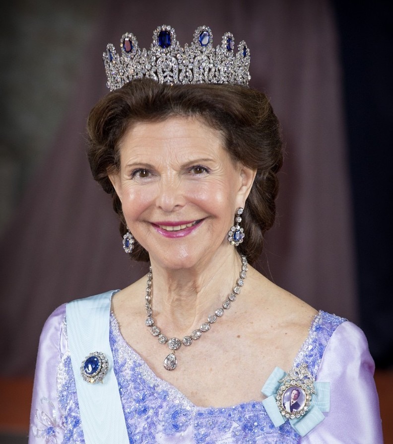 The older generation of royals, like Queen Sylvia of Sweden, always seem to get it right when it comes to tiaras.