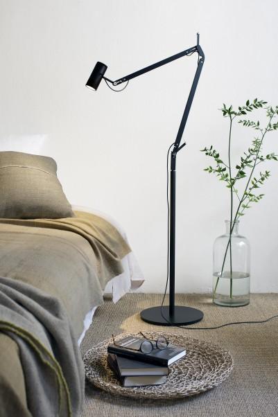 Marset-Lampara-Polo-floor-black-close-to-a-bed-401x602.jpg