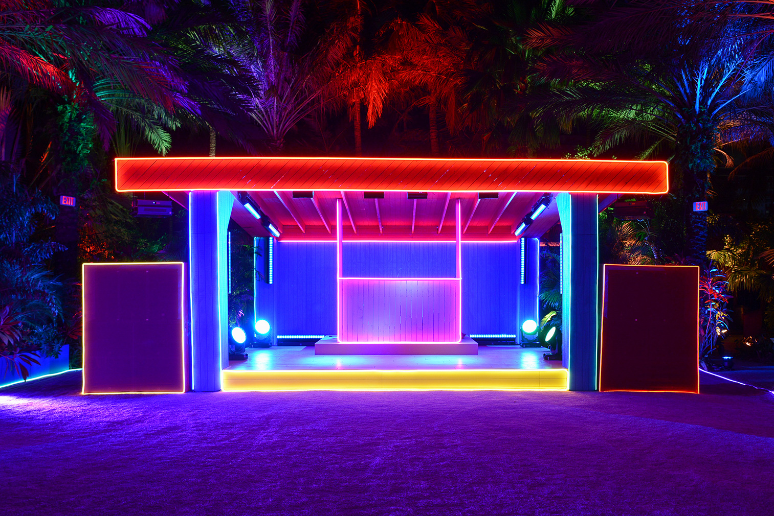 dezainaa-The-Prada-Double-Club-Miami.jpg