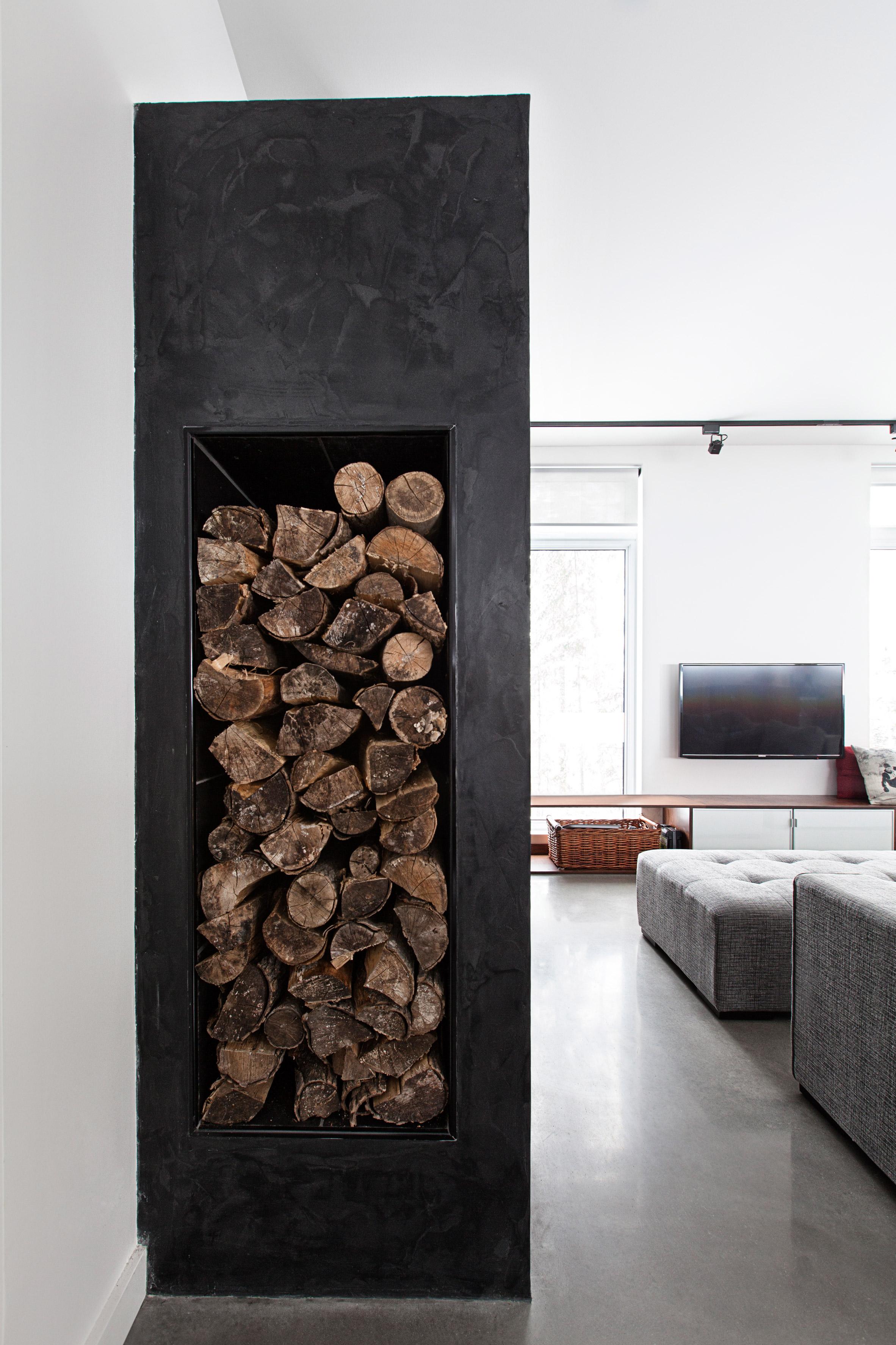 residential-ski-lodge-kltz-design-interiors-quebec-canada_dezainaa.jpg