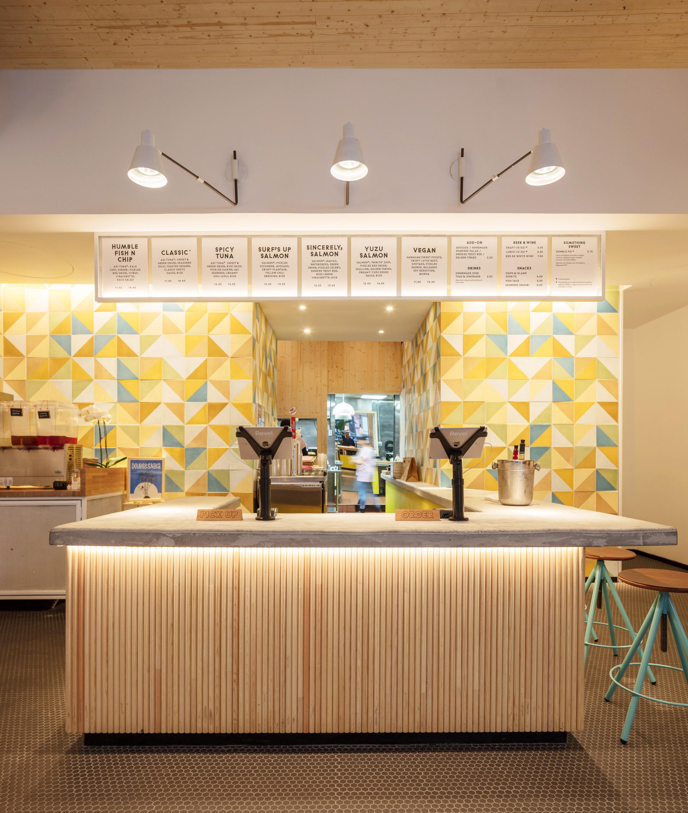 humblefish-poke-restaurant-architecture-outfit-tribeca-new-york_dezainaa.jpg