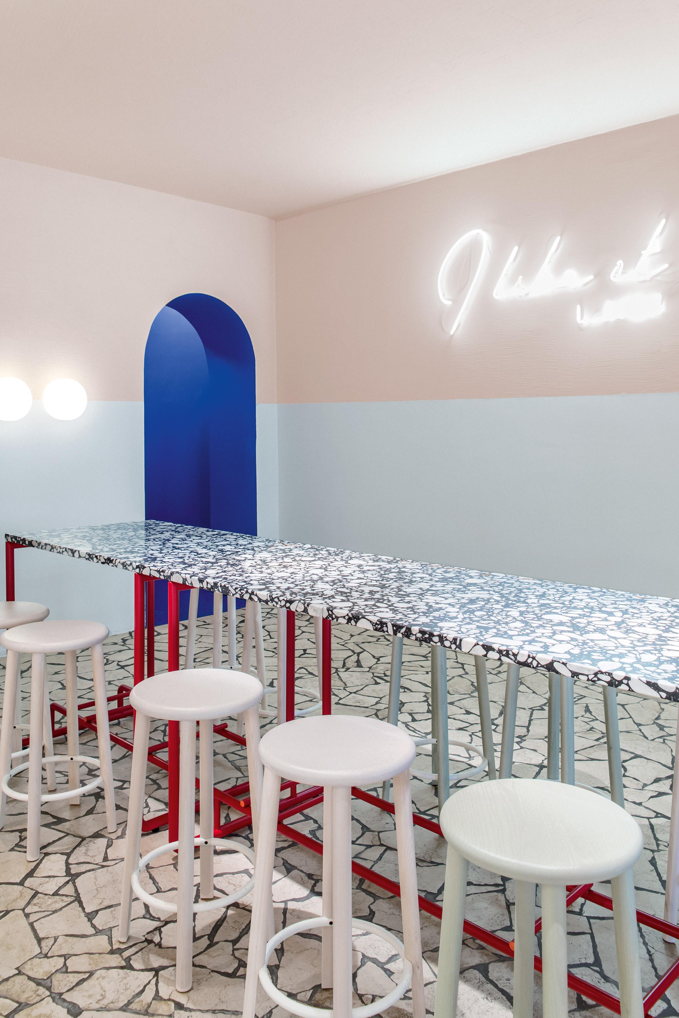 la-poke-restaurant-ester-bruzkus-interiors_dezainaa_4