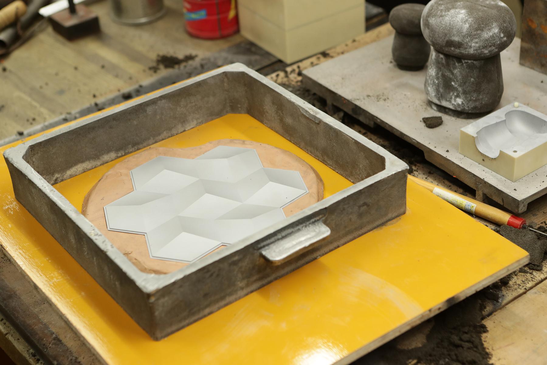 活用現代科技,用來製作鑄模的原型是採用3D列印技術輸出。