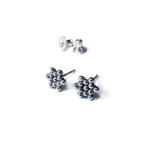 Silver Star Earrings - Sylvaine Frouin