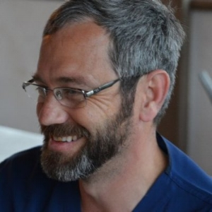 jeff smith, md - surgeon consultant
