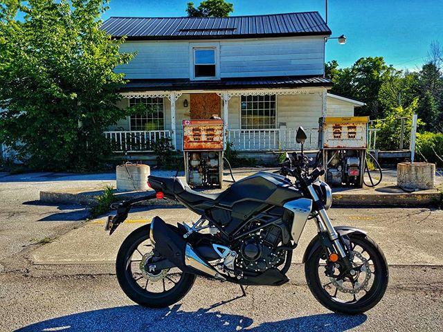 #ontario #motorcyclelife #hondacb #cb300r #