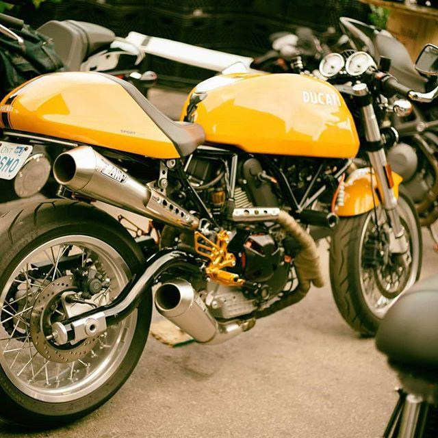 @themotosocial @thestackmarket @toronto #toronto #motorcyclelife  #bike #honda #cb300r #luisfernandodiez