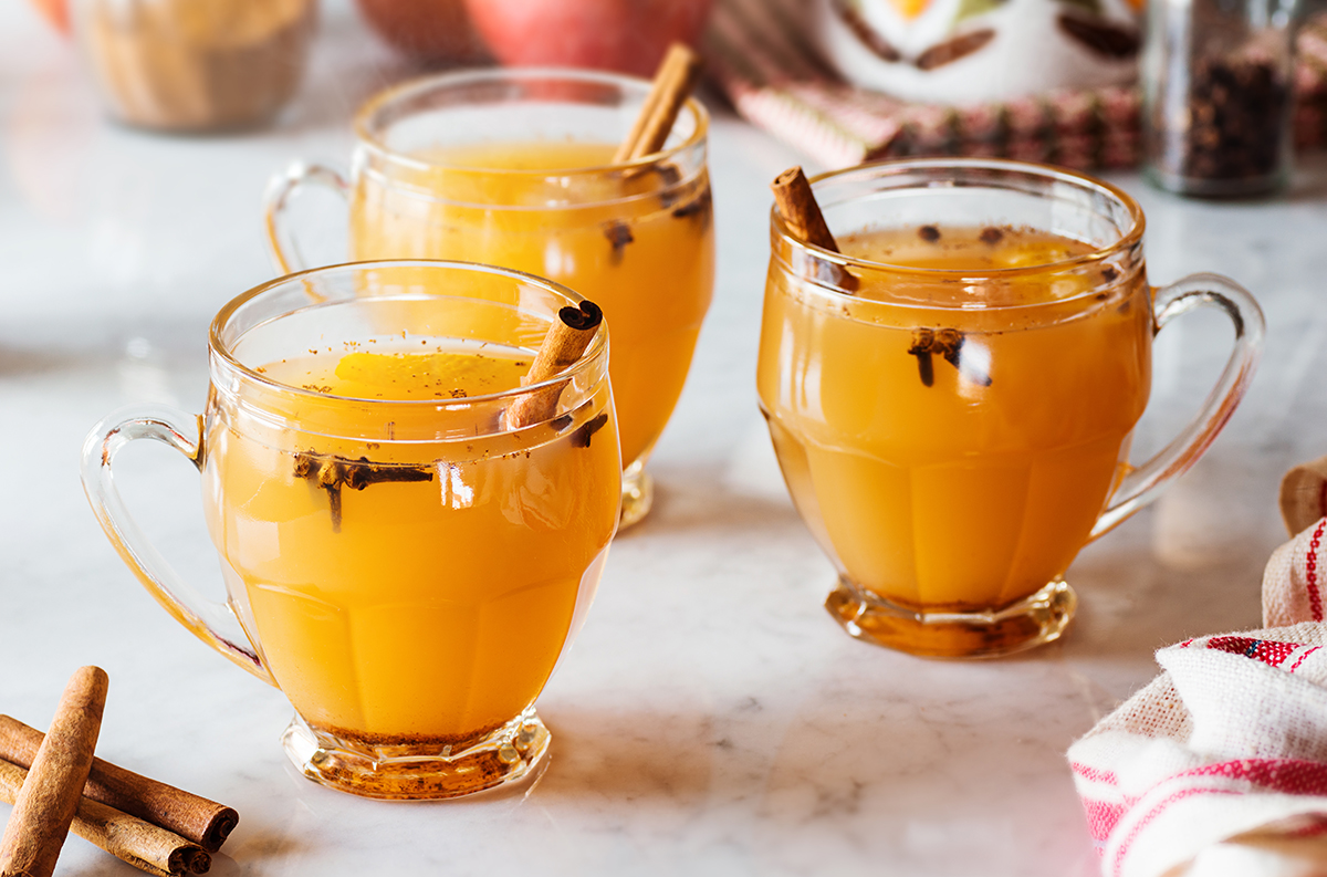 Warm Mulled Apple Cider