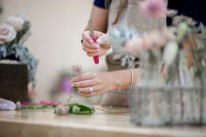 BUSINESS BRANDING |FLOWERLY STUDIO