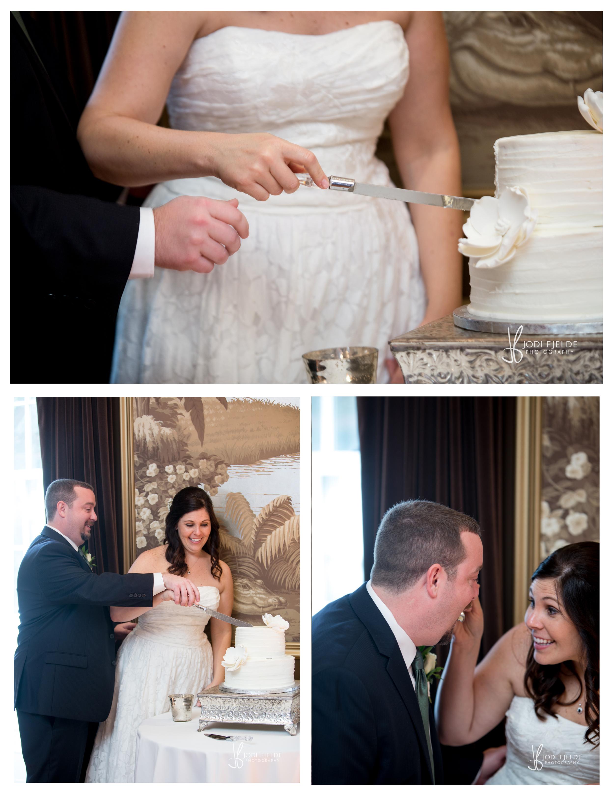 Historic_ Savannah_ Wedding_The _Olde_Pink_House_Wedding_Allison_Matt 33.jpg