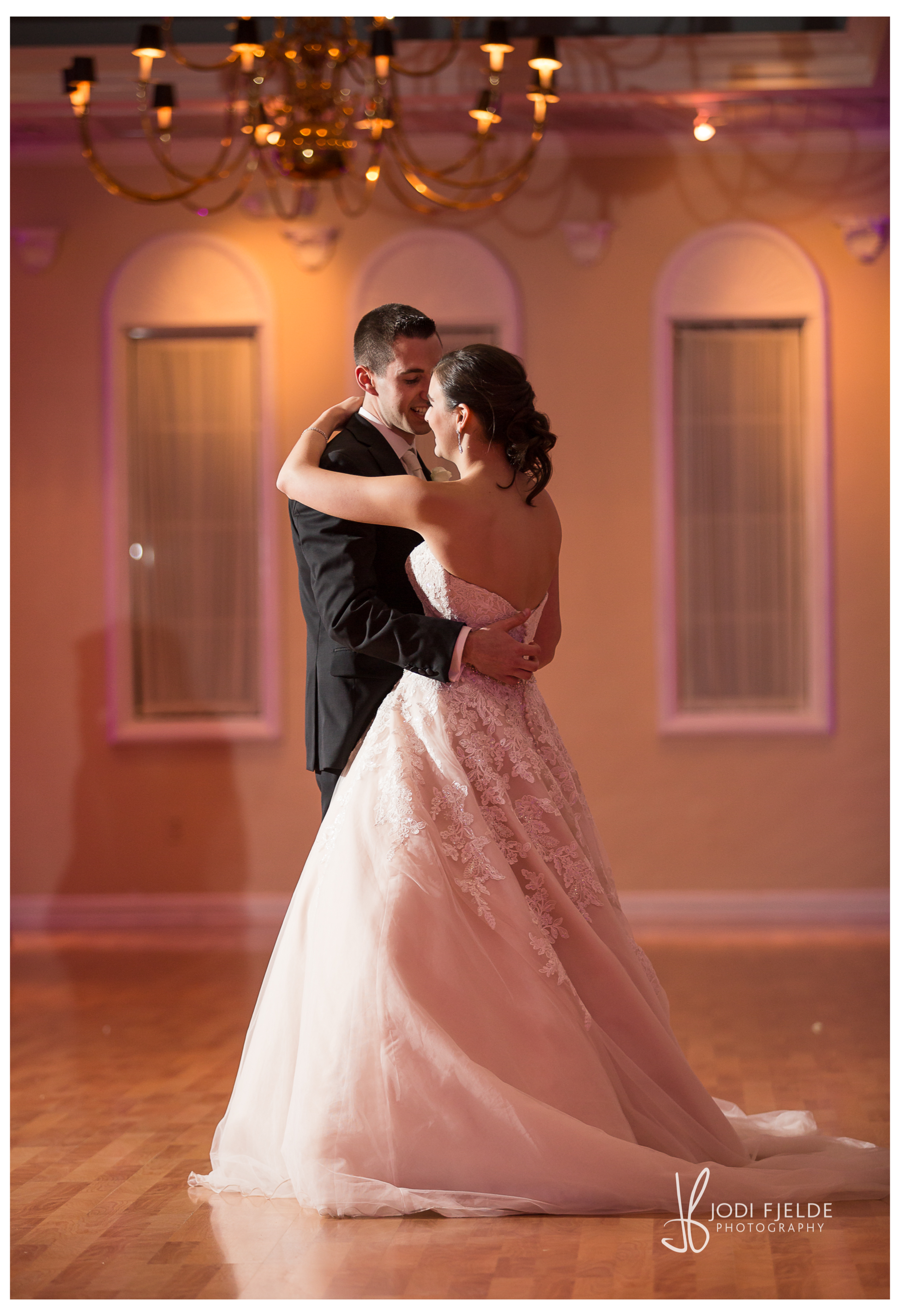 Benvenuto_Palm_Beach_Wedding_Jewish_Michelle & Jason_Jodi_Fjedle_Photography 60.jpg